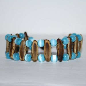 Vintage wooden and blue cats eye bracelet 7""